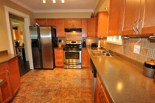 Photo 2: 32050 SANDPIPER Place in Mission: Mission BC House for sale : MLS®# F1026223
