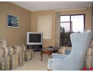 "Photo 6: 313 5294 204TH ST in Langley: Langley City Condo for sale in ""WATERS EDGE"" : MLS®# F2615588"