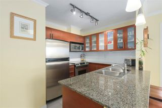 "Photo 7: 1506 833 AGNES Street in New Westminster: Downtown NW Condo for sale in ""THE NEW 5"" : MLS®# R2396856"