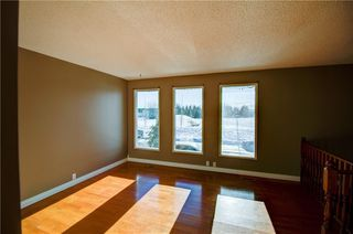 Photo 4: 3124 109 Avenue SW in Calgary: Cedarbrae Semi Detached for sale : MLS®# C4267965