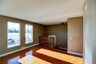 Photo 3: 3124 109 Avenue SW in Calgary: Cedarbrae Semi Detached for sale : MLS®# C4267965