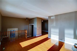 Photo 5: 3124 109 Avenue SW in Calgary: Cedarbrae Semi Detached for sale : MLS®# C4267965