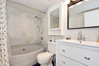 "Photo 14: 106 1775 W 10TH Avenue in Vancouver: Fairview VW Condo for sale in ""STANDFORD COURT"" (Vancouver West)  : MLS®# R2429451"