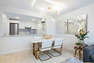 """Photo 7: 305 1228 MARINASIDE Crescent in Vancouver: Yaletown Condo for sale in """"CRESTMARK II"""" (Vancouver West)  : MLS®# R2431843"""