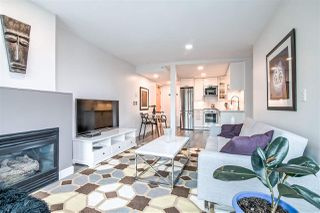"""Photo 2: 601 1003 BURNABY Street in Vancouver: West End VW Condo for sale in """"Milano"""" (Vancouver West)  : MLS®# R2434679"""