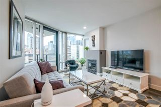 """Photo 4: 601 1003 BURNABY Street in Vancouver: West End VW Condo for sale in """"Milano"""" (Vancouver West)  : MLS®# R2434679"""