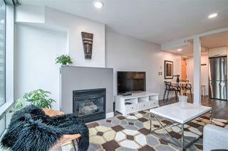 """Photo 3: 601 1003 BURNABY Street in Vancouver: West End VW Condo for sale in """"Milano"""" (Vancouver West)  : MLS®# R2434679"""