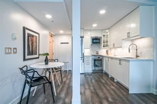 """Photo 8: 601 1003 BURNABY Street in Vancouver: West End VW Condo for sale in """"Milano"""" (Vancouver West)  : MLS®# R2434679"""