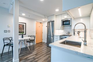 """Photo 7: 601 1003 BURNABY Street in Vancouver: West End VW Condo for sale in """"Milano"""" (Vancouver West)  : MLS®# R2434679"""