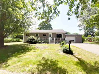 Photo 1: 544 Belmont Street in Kingston: 404-Kings County Residential for sale (Annapolis Valley)  : MLS®# 202011315