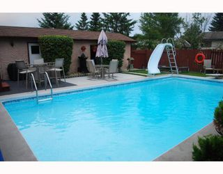 Photo 10: 26 Whitetail Drive in WINNIPEG: Charleswood Residential for sale (South Winnipeg)  : MLS®# 2916142