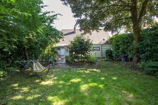 Photo 28: 949 HARRIS Avenue in Coquitlam: Maillardville House for sale : MLS®# R2476329