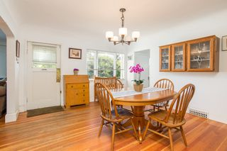Photo 4: 949 HARRIS Avenue in Coquitlam: Maillardville House for sale : MLS®# R2476329