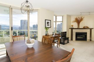 Photo 3: 2006 6188 PATTERSON Avenue in Burnaby: Metrotown Condo for sale (Burnaby South)  : MLS®# R2482809