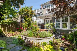 Photo 1: 2952 W 2ND Avenue in Vancouver: Kitsilano 1/2 Duplex for sale (Vancouver West)  : MLS®# R2483612