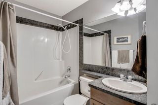 Photo 18: 736 PRESTWICK Circle SE in Calgary: McKenzie Towne Detached for sale : MLS®# A1033213