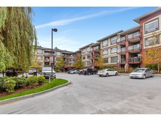 "Photo 4: 307 2233 MCKENZIE Road in Abbotsford: Central Abbotsford Condo for sale in ""LATITUDE ON MCKENZIE"" : MLS®# R2513942"