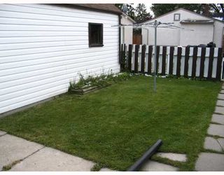 Photo 2: 132 PILGRIM Avenue in WINNIPEG: St Vital Residential for sale (South East Winnipeg)  : MLS®# 2919082