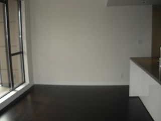 """Photo 7: 2408 788 RICHARDS Street in Vancouver: Downtown VW Condo for sale in """"L' HERMITAGE"""" (Vancouver West)  : MLS®# V816931"""
