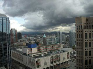 """Photo 3: 2408 788 RICHARDS Street in Vancouver: Downtown VW Condo for sale in """"L' HERMITAGE"""" (Vancouver West)  : MLS®# V816931"""