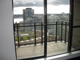 """Photo 8: 2408 788 RICHARDS Street in Vancouver: Downtown VW Condo for sale in """"L' HERMITAGE"""" (Vancouver West)  : MLS®# V816931"""