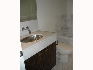 """Photo 9: 2408 788 RICHARDS Street in Vancouver: Downtown VW Condo for sale in """"L' HERMITAGE"""" (Vancouver West)  : MLS®# V816931"""