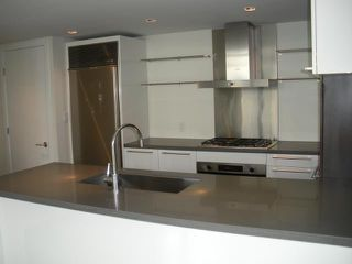 """Photo 5: 2408 788 RICHARDS Street in Vancouver: Downtown VW Condo for sale in """"L' HERMITAGE"""" (Vancouver West)  : MLS®# V816931"""
