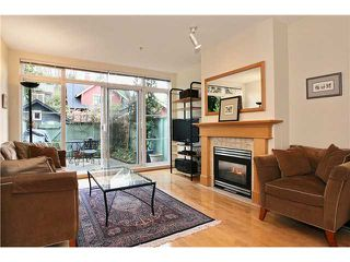 "Photo 1: 111 2929 W 4TH Avenue in Vancouver: Kitsilano Condo for sale in ""THE MADISON"" (Vancouver West)  : MLS®# V820310"