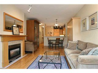 "Photo 3: 111 2929 W 4TH Avenue in Vancouver: Kitsilano Condo for sale in ""THE MADISON"" (Vancouver West)  : MLS®# V820310"