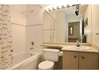 "Photo 8: 111 2929 W 4TH Avenue in Vancouver: Kitsilano Condo for sale in ""THE MADISON"" (Vancouver West)  : MLS®# V820310"