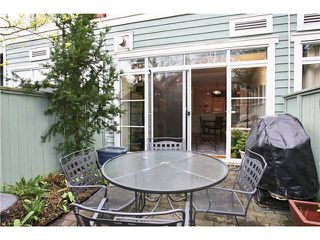 "Photo 2: 111 2929 W 4TH Avenue in Vancouver: Kitsilano Condo for sale in ""THE MADISON"" (Vancouver West)  : MLS®# V820310"