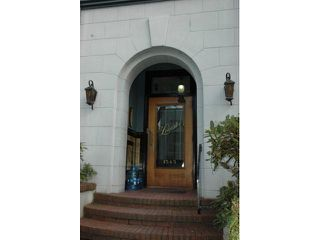 "Photo 2: 301 1545 W 13TH Avenue in Vancouver: Fairview VW Condo for sale in ""THE LEICESTER"" (Vancouver West)  : MLS®# V821511"