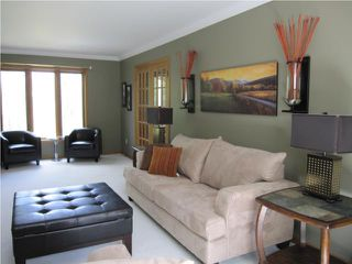 Photo 3: 6303 SOUTHBOINE Drive in WINNIPEG: Charleswood Residential for sale (South Winnipeg)  : MLS®# 1016032