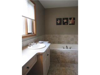 Photo 11: 6303 SOUTHBOINE Drive in WINNIPEG: Charleswood Residential for sale (South Winnipeg)  : MLS®# 1016032