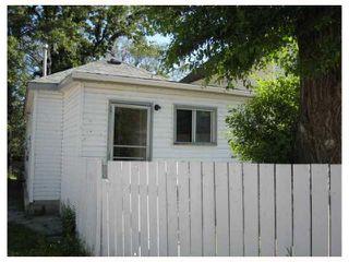 Photo 3: 557 DOUCET Street in WINNIPEG: St Boniface Residential for sale (South East Winnipeg)  : MLS®# 2710760