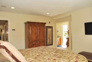 Photo 8: UNIVERSITY CITY House for sale : 3 bedrooms : 5783 Honors Drive in San Diego