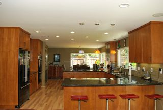 Photo 2: UNIVERSITY CITY House for sale : 3 bedrooms : 5783 Honors Drive in San Diego