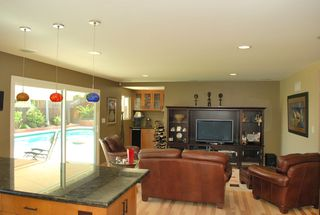 Photo 7: UNIVERSITY CITY House for sale : 3 bedrooms : 5783 Honors Drive in San Diego