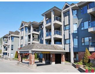 "Photo 1: 106 15241 18TH Avenue in Surrey: King George Corridor Condo for sale in ""Cranberry Lane"" (South Surrey White Rock)  : MLS®# F2908890"