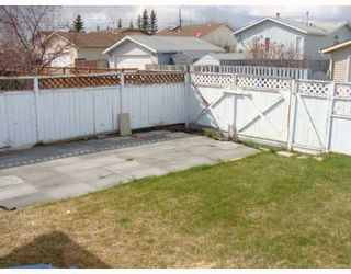 Photo 16: 151 APPLETREE Close SE in CALGARY: Applewood Residential Detached Single Family for sale (Calgary)  : MLS®# C3377516