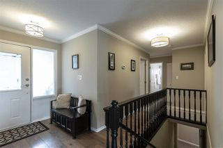 "Photo 2: 2372 MOUNTAIN Drive in Abbotsford: Abbotsford East House for sale in ""MOUNTAIN VILLAGE"" : MLS®# R2405999"