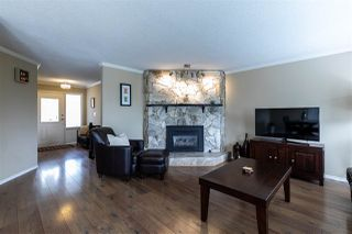 "Photo 8: 2372 MOUNTAIN Drive in Abbotsford: Abbotsford East House for sale in ""MOUNTAIN VILLAGE"" : MLS®# R2405999"