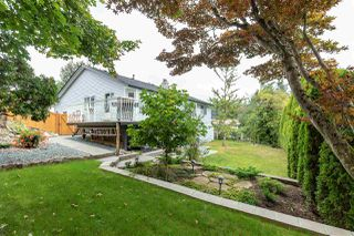 "Photo 19: 2372 MOUNTAIN Drive in Abbotsford: Abbotsford East House for sale in ""MOUNTAIN VILLAGE"" : MLS®# R2405999"