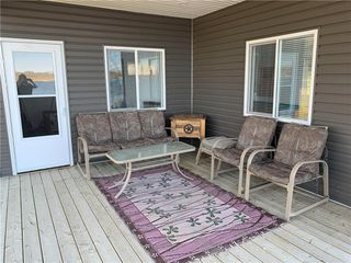 Photo 26: 28 Dobals Road North in Lac Du Bonnet RM: Lee River Estates Residential for sale (R28)  : MLS®# 202009677