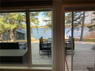 Photo 10: 28 Dobals Road North in Lac Du Bonnet RM: Lee River Estates Residential for sale (R28)  : MLS®# 202009677