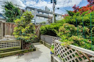 "Photo 5: 105 2110 CORNWALL Avenue in Vancouver: Kitsilano Condo for sale in ""Seagate Villa"" (Vancouver West)  : MLS®# R2467038"