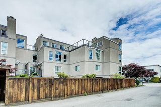 "Photo 27: 105 2110 CORNWALL Avenue in Vancouver: Kitsilano Condo for sale in ""Seagate Villa"" (Vancouver West)  : MLS®# R2467038"