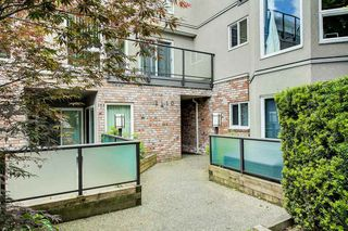 "Photo 34: 105 2110 CORNWALL Avenue in Vancouver: Kitsilano Condo for sale in ""Seagate Villa"" (Vancouver West)  : MLS®# R2467038"