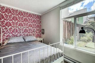 "Photo 15: 105 2110 CORNWALL Avenue in Vancouver: Kitsilano Condo for sale in ""Seagate Villa"" (Vancouver West)  : MLS®# R2467038"