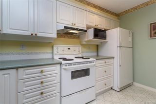 Photo 5: 212 1085 Tillicum Rd in Esquimalt: Es Kinsmen Park Condo for sale : MLS®# 834673